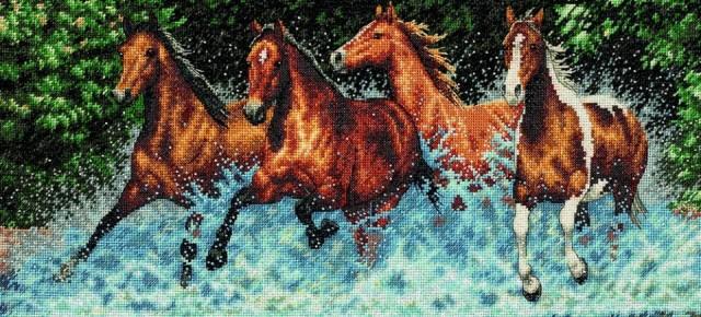 Бегущие лошади 46*25