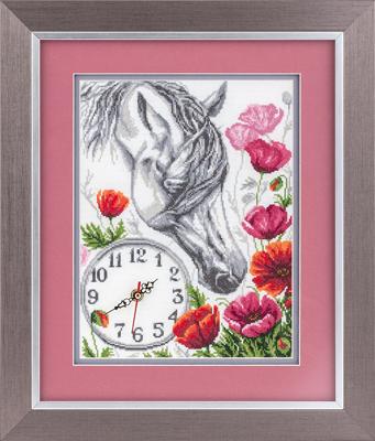 Часы Лошадь в маках 23,5*30